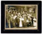 Photograph of balloon route excursion party at National Soldiers Home, Los Angeles (Calif.), late...
