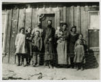 Photograph of the McGonagill and Thompson families, Tonopah (Nev.), 1904